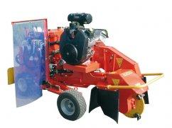 Stump machine with engine Briggs and Stratton Vanguard 31 hp