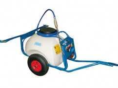 Trailed sprayer 70 liter - pump 12 Volt - 4 l/min