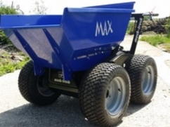 Turf tyre set complete for Max-Truck