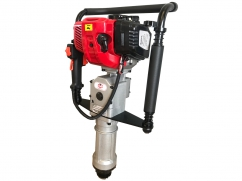Portable post driver with CVE 33 cm³ 2-stroke engine - posts of 55 mm