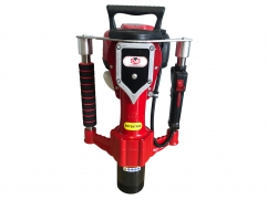Professional portable post driver with Honda GX35 OHV engine - posts of 55 and 83 mm