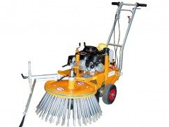 Weed brush mach. with engine Honda GXV160 OHV - manual